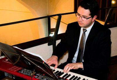 Por que contratar músicos para o evento da empresa? | Heber de Castro